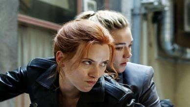 """Scarlett Johansson vai """"entregar o bastão"""" para Florence Pugh em 'Viúva Negra"""