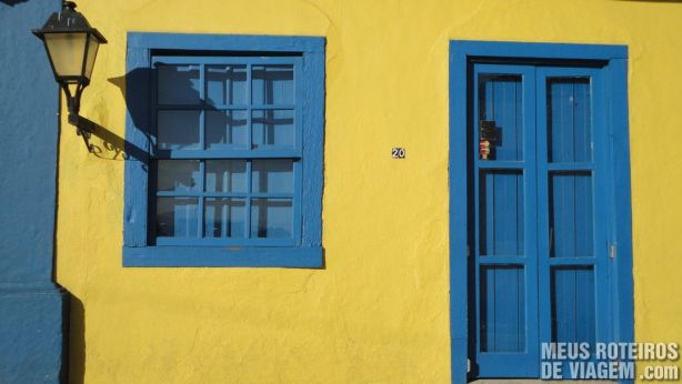 Casa amarela em Santo Antônio de Lisboa - Floripa