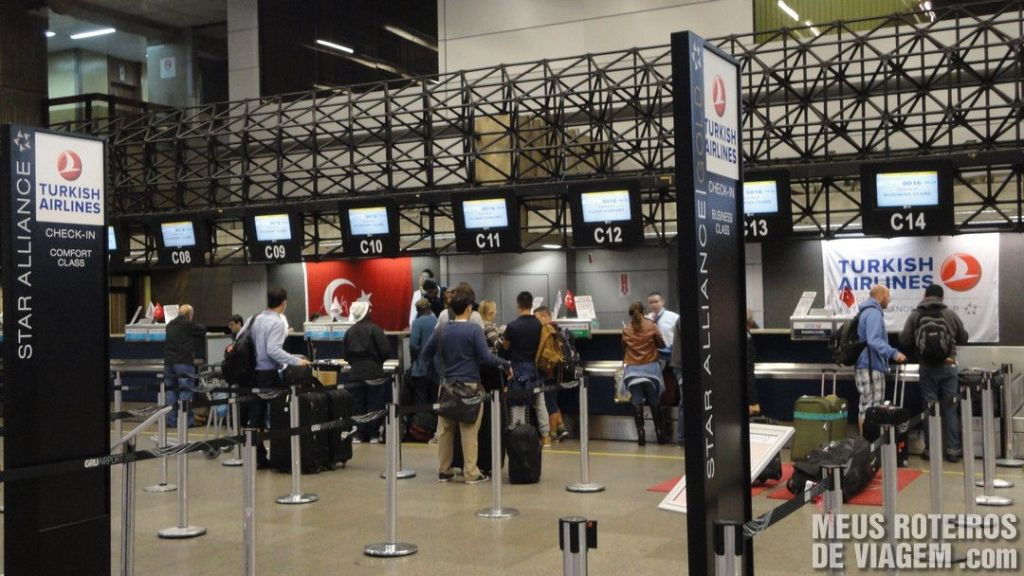 Check-in da Turkish Airlines no Aeroporto de Guarulhos