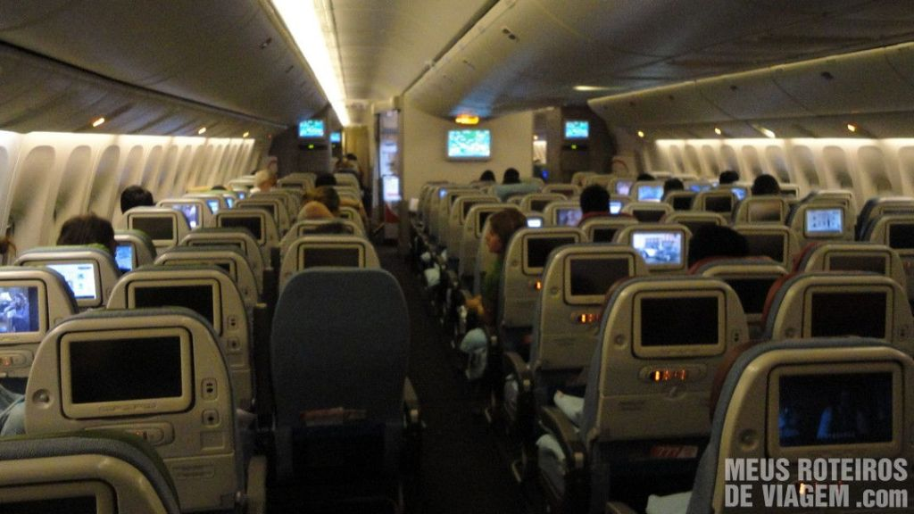 Interior do Boeing 777-300 ER da Turkish Airlines