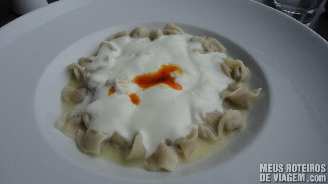 Prato do restaurante Istanbul Modern - Istambul, Turquia