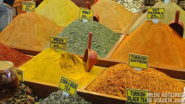 Especiarias no Bazar de Especiarias - Istambul, Turquia