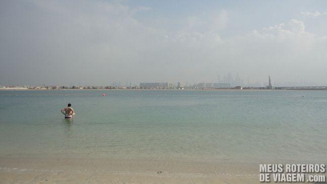 Vista da praia natural