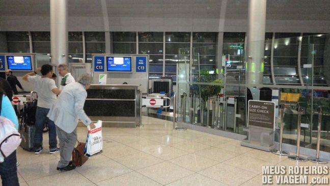 Portão de embarque do Aeroporto de Dubai