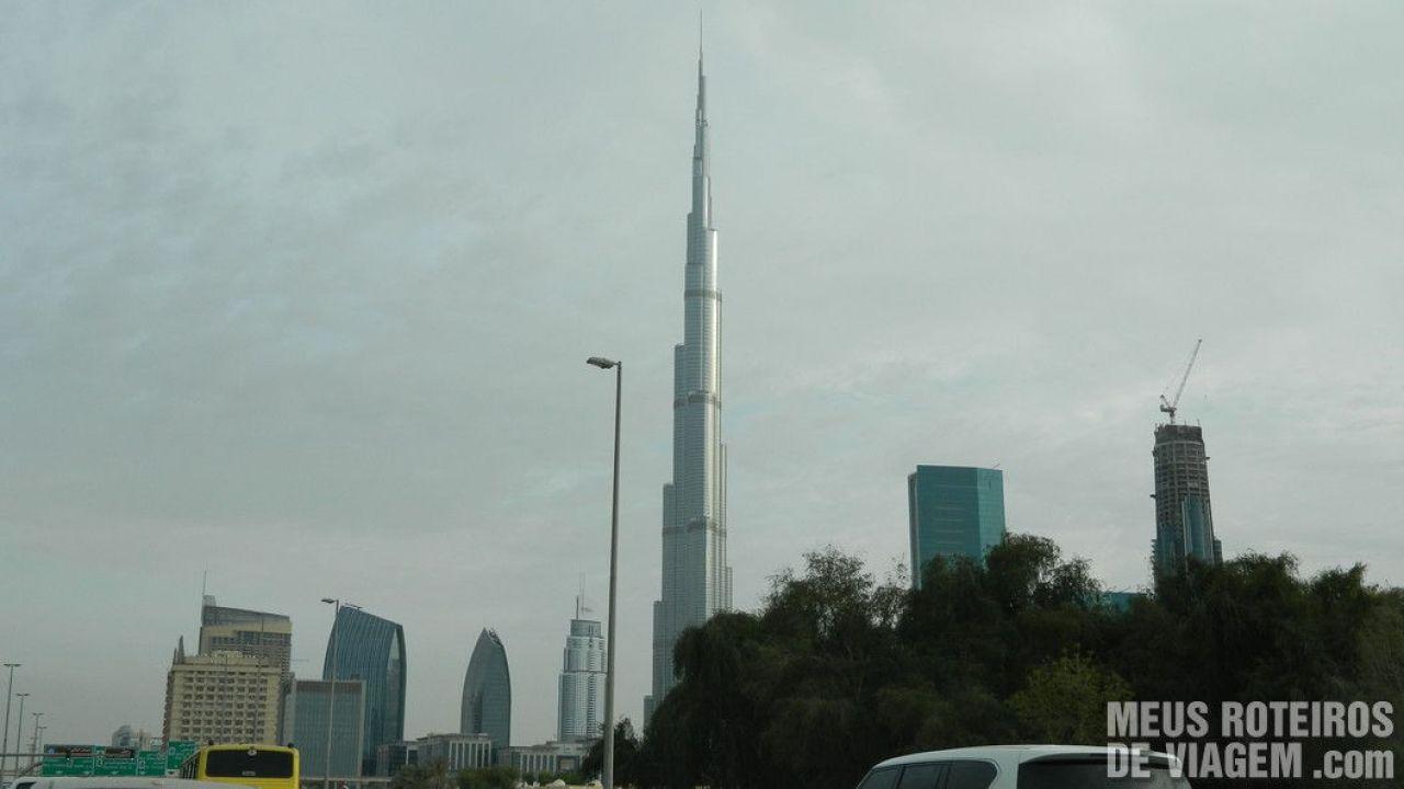 Masina de inchiriat Dubai