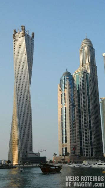 Infinity Tower - Dubai Marina, Emirados Árabes