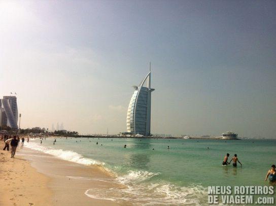 Jumeirah Beach e o Hotel Burj Al Arab - Emirados Árabes