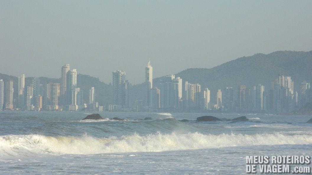 Prédios da Praia Central de Balneário Camboriú