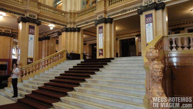 Escadaria do Teatro Colón - Buenos Aires, Argentina