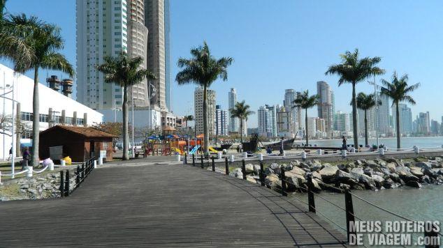 Parque infantil na Barra Sul