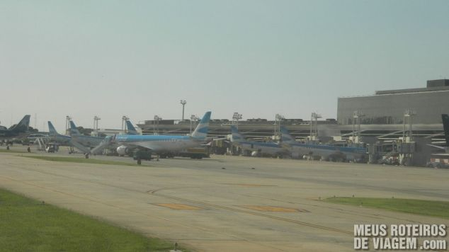 Pátio de aviões do aeroporto Aeroparque - Buenos Aires