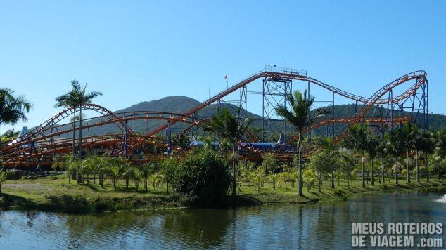 Montanha-russa Star Mountain - Parque Beto Carrero World Penha