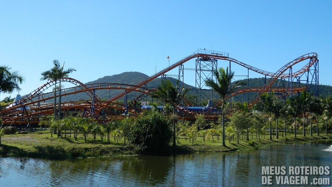 Montanha-russa Star Mountain - Parque Beto Carrero World Penha