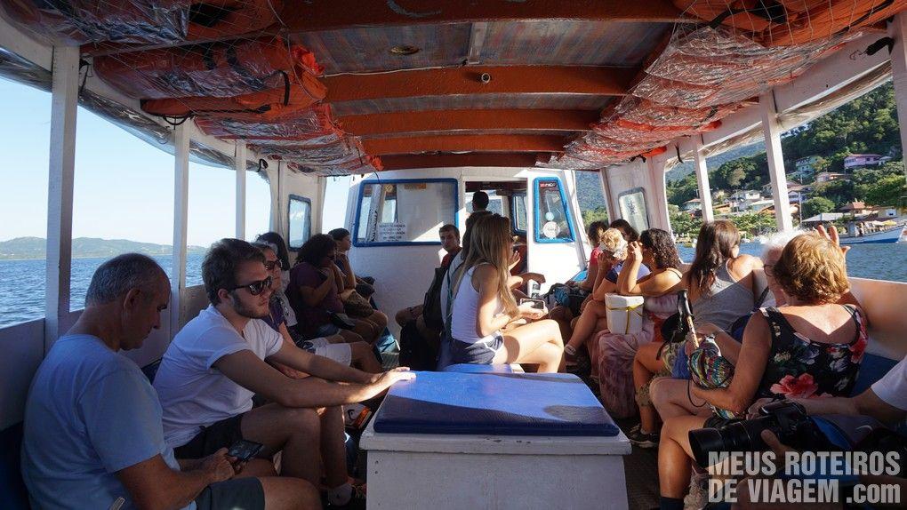 Passeio de barco na Costa da Lagoa - Floripa