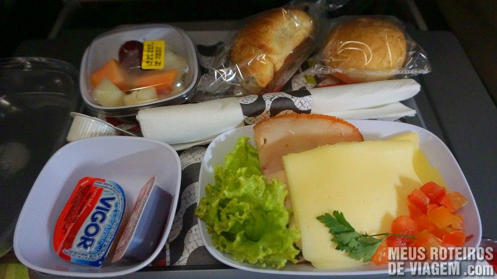 Café da manhã do voo entre São Paulo e Lisboa - TAP Portugal