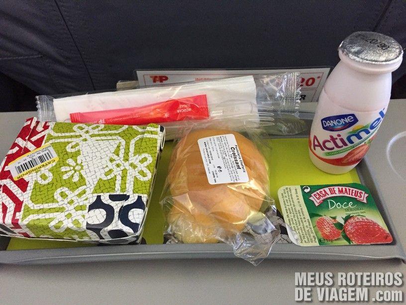 Lanche no voo entre Lisboa e Paris - TAP Portugal