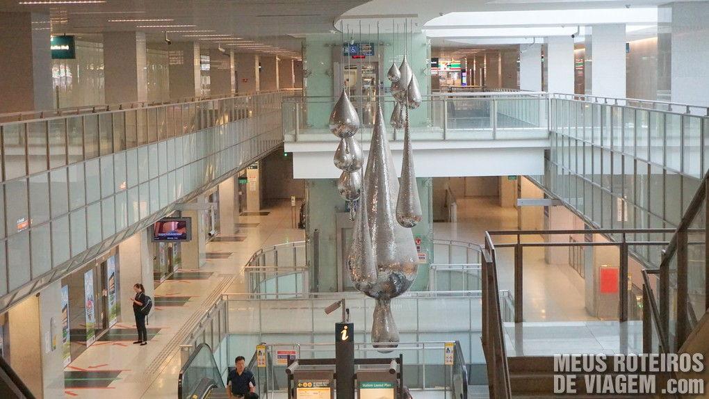 Estação de metrô Promenade em Cingapura