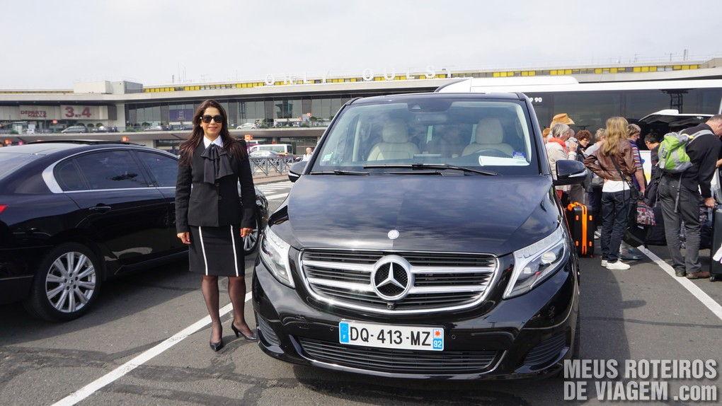 """Transfer privado com a Izabel do """"França Entre Amigos"""" - Aeroporto de Paris-Orly"""