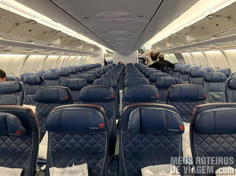 Classe econômica da Delta Airlines