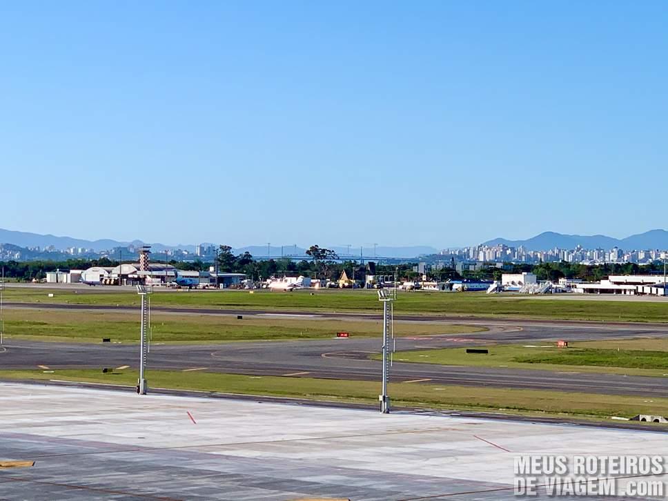 Vista para o centro da cidade no Floripa Airport
