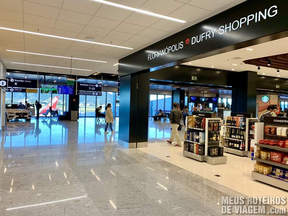 Sala de embarque no Floripa Airport