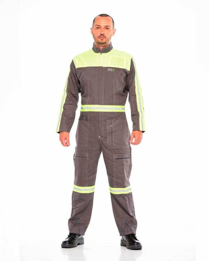Dotación de uniformes l14