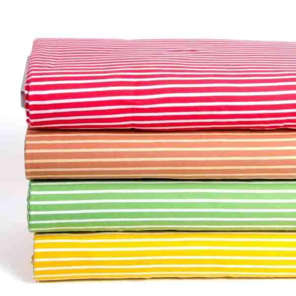 Stoffonkel- fris rood wit streepjes met groen rood2 Aangepast