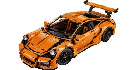 Mira como el LEGO Porsche 911 GT3 RS cobra vida