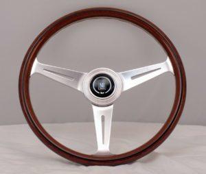 Volante Nardi Classic De Madera De 360mm Universal