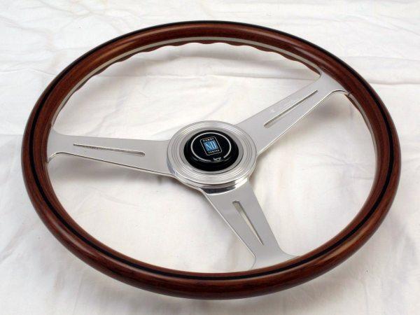 Volante Universal Nardi Caoba 360mm