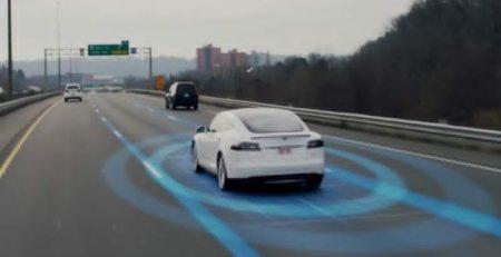 Piloto automático Tesla 2.0 tendrá mayor seguridad