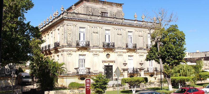 https://i2.wp.com/www.mexicancaribbean.com/photos/merida/paseo-de-montejo/paseo-de-montejo.jpg