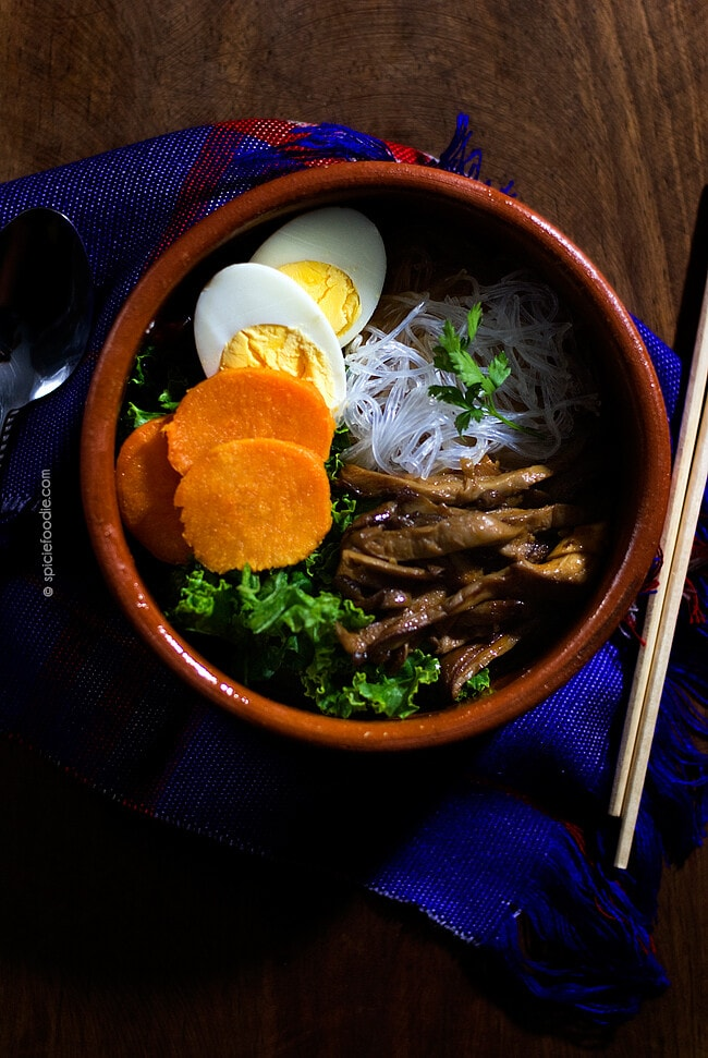 Miso Noodle Soup Spiced with Sriracha | #miso #vegetarian #spicy #souprecipe