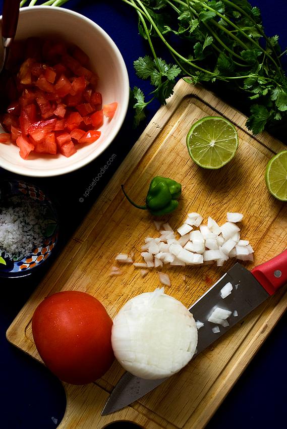 Soyrizo Tacos with Fresh Pico de Gallo Salsa  | #Mexican #vegan #soyrizo #salsa