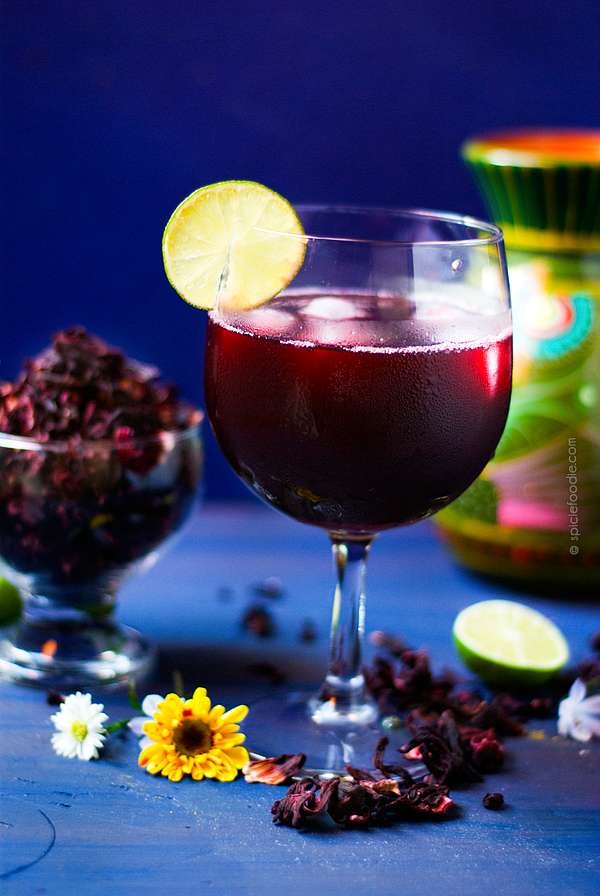 Agua de Jamaica or Hibiscus Tea | #aguadejamaica #hibiscus #mexican #edibleflowers