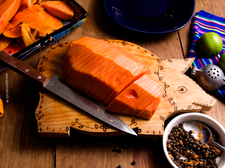 How to Cut a Papaya and The Most Delicious Way to Eat a Papaya