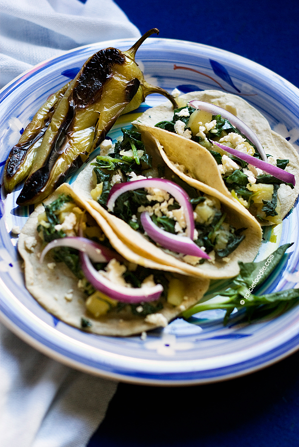 Potato and Spinach #Tacos with #Queso Fresco | #vegetarian #meatlessmonday