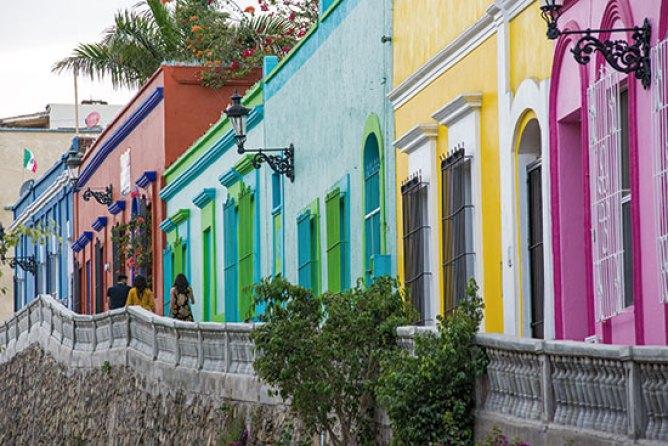 Mazatlán, ¿cómo ser un viajero y no un turista?