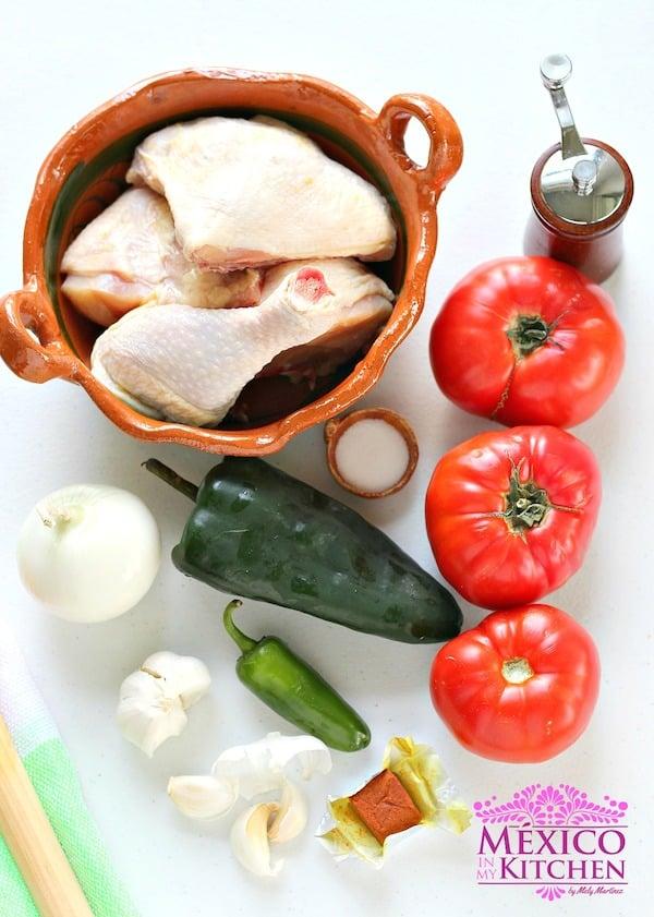 Pollo entomatado fácil y sencillo