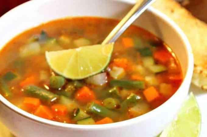Cómo hacer Sopa de Verduras Mexicana