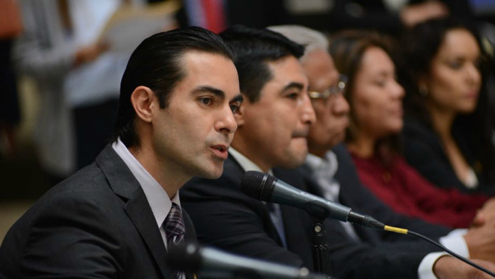 Diputados anuncian carrera institucional del Congreso