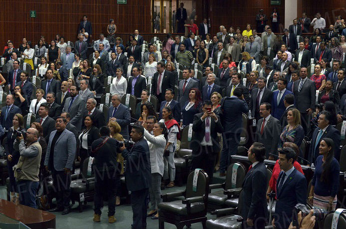 En la madrugada aprueba Cámara de Diputados reforma Educativa