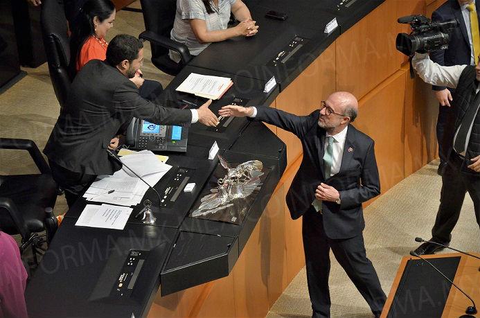 Conmemoran en Senado 80 años del exilio español