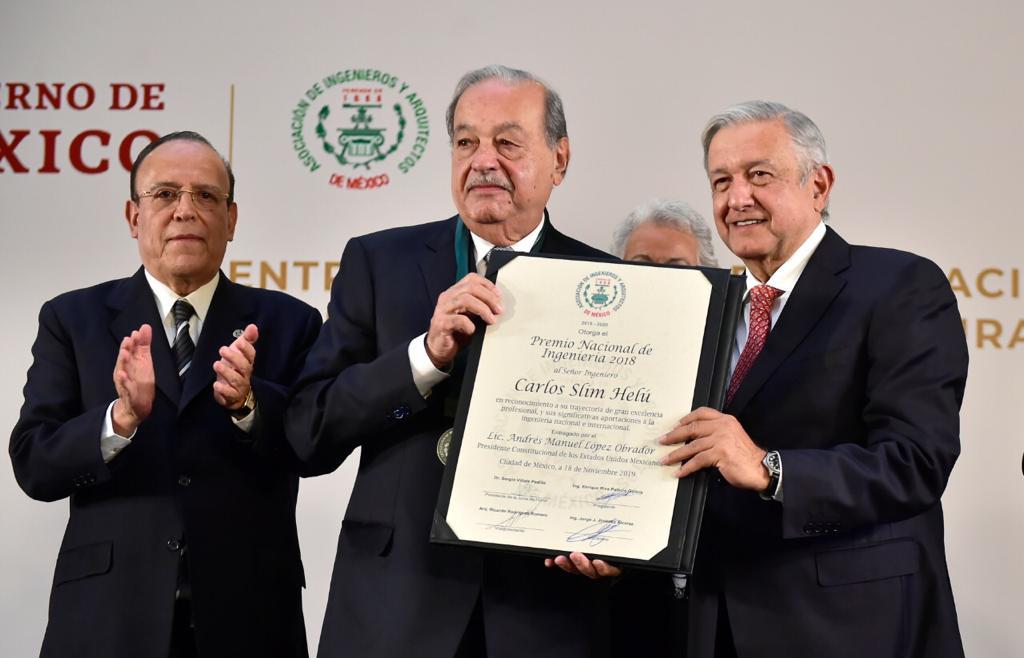 Recibe Carlos Slim el Premio Nacional de Ingeniería