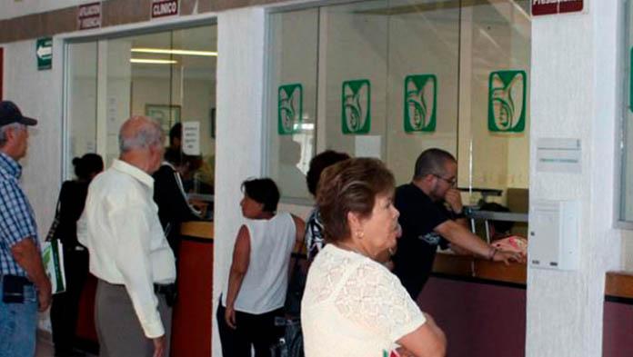 Adelantará IMSS pago a pensionados