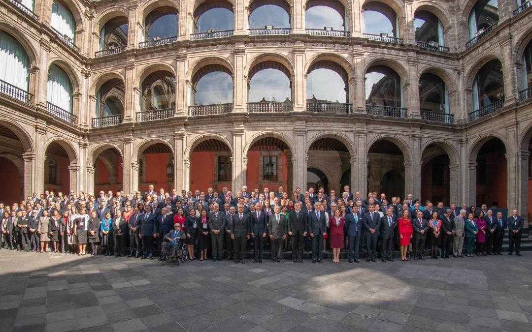 Reconoce AMLO labor de Embajadores, sobre todo Bolivia y EU