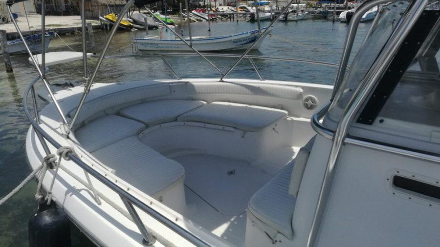 Boat Isla Mujeres transfer