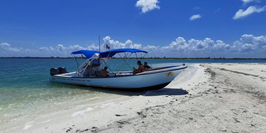 private cross to Isla Mujeres