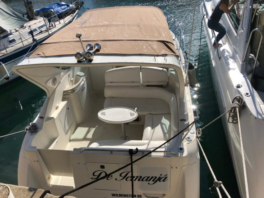 Puerto Aventuras sport boat
