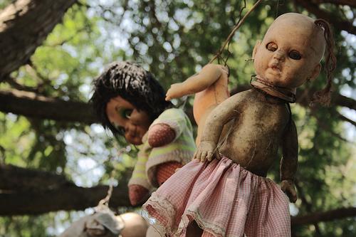 foto boneka seram | boneka hantu | boneka setan
